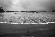 Surf-rolling-on-a-Tofino-beach